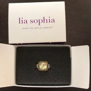 Lia Sophia Lemon Chiffon Ring